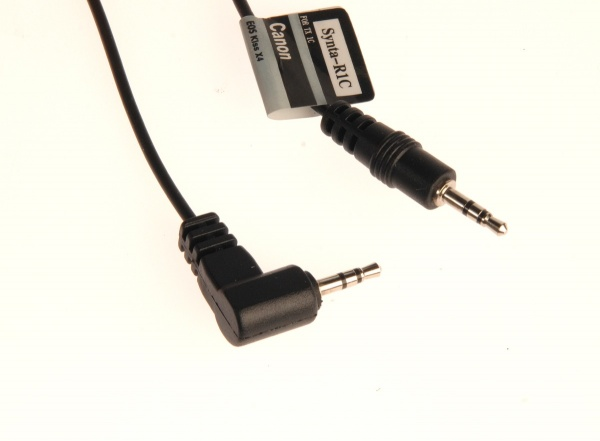 ELECTRONIC SHUTTER RELEASE CABLE C1